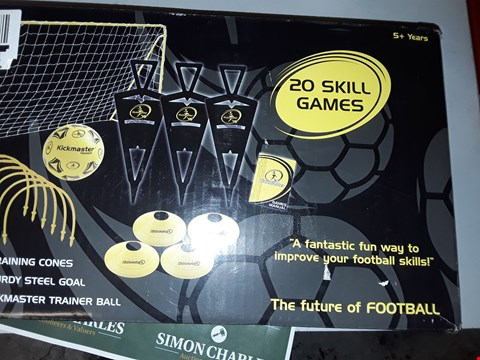 Lot 7528 KICKMASTER ULTIMATE FOOTBALL CHALLENGE SET  RRP £39.99