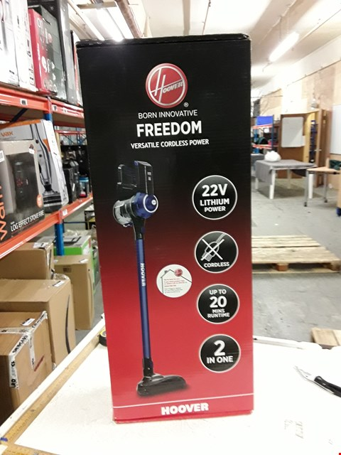 Lot 3025 HOOVER FREEDOM VACUUM CLEANER