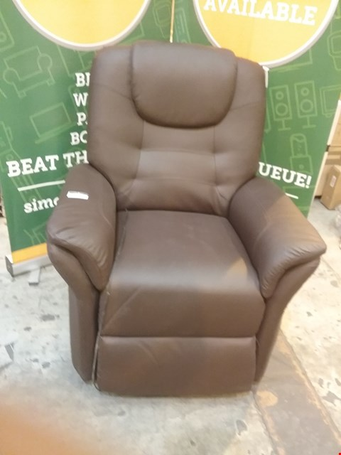 Lot 58 DESIGNER BROWN LEATHER RECLINING ARM CHAIR