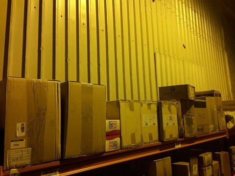 Lot 3084 SHELF OF APPROXIMATELY 15 BOXES OF ASSORTED CATERING & HOTEL WARE SUNDRIES