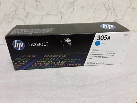 Lot 4032 HP LASERJET 305A CYAN PRINT CARTRIDGE