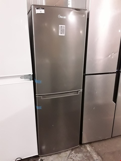 Lot 46 SWAN R8180S 143CM 50/50 FRIDGE FREEZER IN SILVER