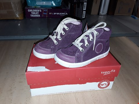 Lot 12361 BOXED SUPERFIT ULLI GLITTERY PURPLE SUEDE LACE UP TRAINERS UK SIZE 8 JUNIOR