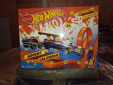 Lot 483 GRADE 1 HOT WHEELS LIGHTS 'N SOUNDS SPARKLE RACERS SPIN KING AND HOT WHEELS ADVENT CALENDAR  RRP £41.00