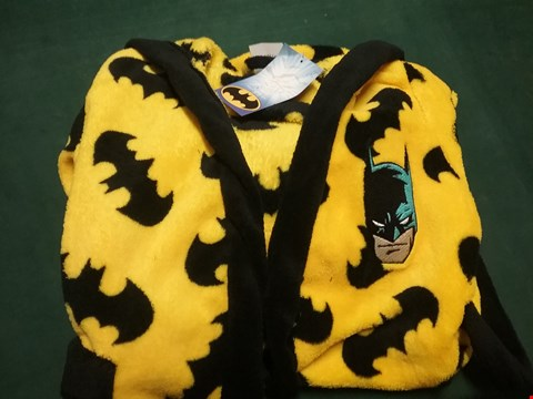 Lot 50 BATMAN DRESSING GOWN AGE 7-8 YEARS