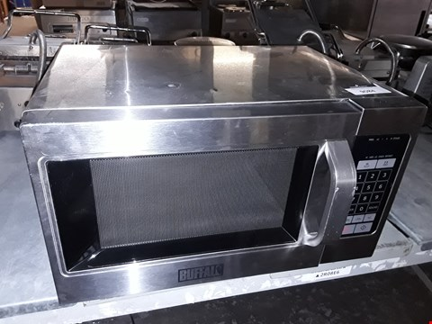 Lot 9084 BUFFALO GK642 STAINLESS STEEL MICROWAVE