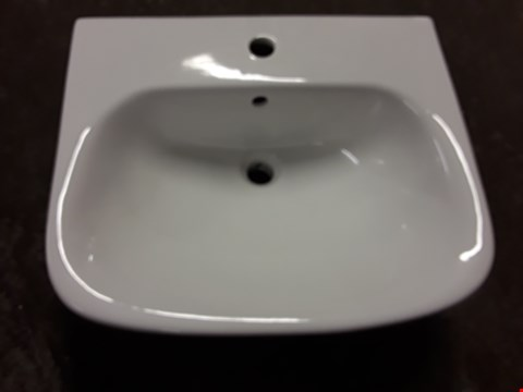 Lot 17481 BOXED SEATTLE 1-TAP WHITE CERAMIC BASIN - APPROXIMATELY 55X46CM