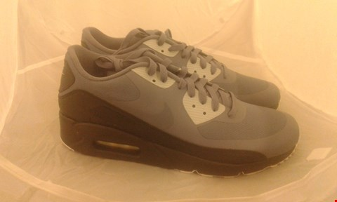 Lot 2021 PAIR OF NIKE AIR MAX 90 ULTRA 2.0 ESSENTIAL SIZE 10