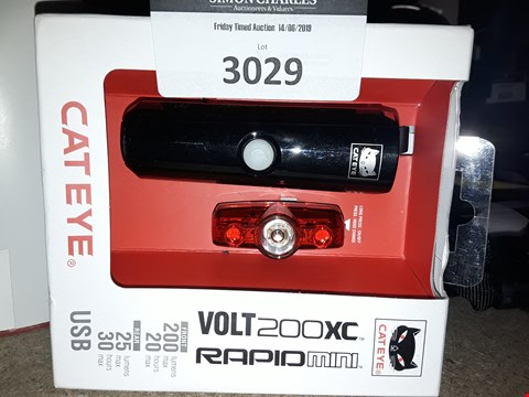 Lot 3029 CATEYE VOLT 200XC MINI CYCLE LIGHT SET