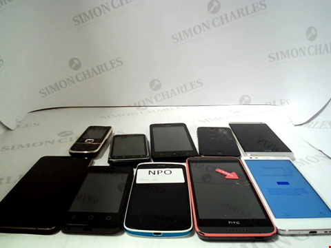Lot 662 LOT OF APPROXIMATLEY 10 ASSORTED MOBILE PHONES AND SMARTPHONES ETC