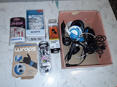 Lot 6105 LOT OF APPROXIMATELY 8 ASSORTED EARPHONES TO INCLUDE SONY, PHILLIPS AND JVC