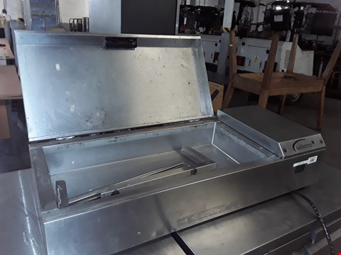 Lot 62 COMMERCIAL STAINLESS STEEL WILLIAMS REFRIGERATION COUNTER