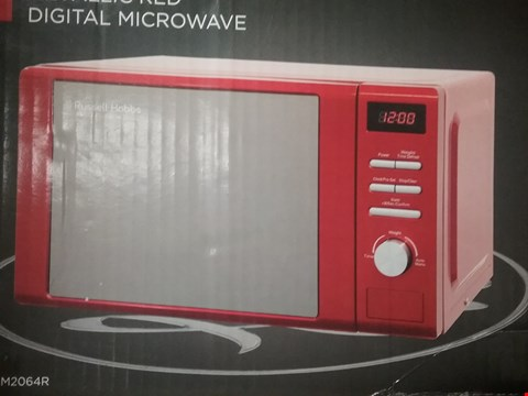 Lot 601 RUSSELL HOBBS HERITAGE 20L MICROWAVE - RED
