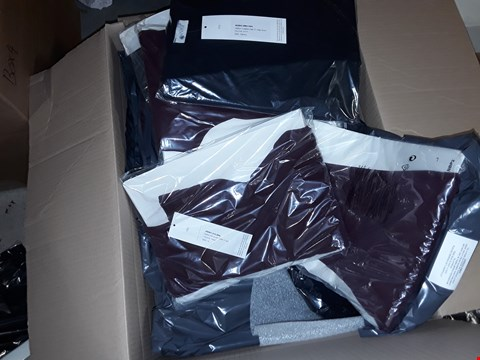 Lot 398 A BOX OF APPROXIMATELY 30 ASSORTED CLOTHING ITEMS TO INCLUDE,  ANAMOR LONGLINE EDGE TO EDGE JACKET NAVY AND PULL ON RIB TROUSERS 31 INCH WINE SIZE 10 ETC