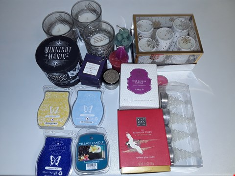 Lot 6481 LOT OF APPROXIMATELY 16 ASSORTED CANDLES TO INCLUDE MIDNIGHT MAGIC AND RITUAL OF TSURU GLOW CANDLE