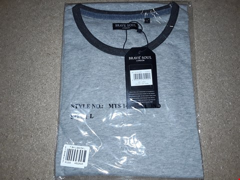 Lot 137 BOX OF APPROXIMATELY 24 LARGE BRAVE SOUL GREY MARL T-SHIRTS