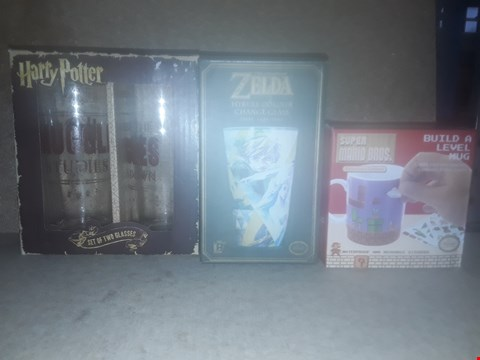 Lot 668 BOX OF APPROXIMATELY 16 BRAND NEW ITEMS TO INCLUDE SUPER MARIO BROS. BUILD A LEVEL MUG, THE LEGEND OF ZELDA HYRULE CO.OUR CHANGE GLASS AND HARRY POTTER SET OF TWO GLASSES