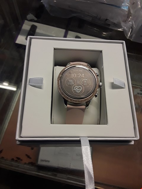 Lot 1 MICHAEL KORS ACCESS FULL DISPLAY SMART WATCH  RRP £342.00