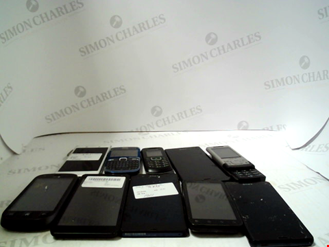 Lot 655 LOT OF APPROXIMATLEY 10 ASSORTED MOBILE PHONES AND SMARTPHONES ETC