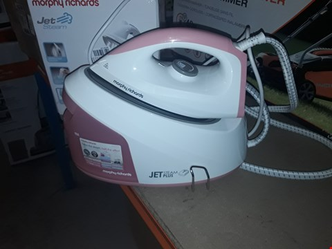 Lot 12614 MORPHY RICHARDS 333101 STEAM GENERATOR, 2400 W, WHITE AND PINK