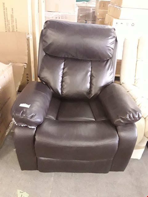 Lot 1131 DESIGNER DARK BROWN LEATHER RISE AND RECLINE ARMCHAIR