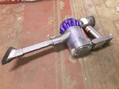 Lot 118 DYSON HANDHELD- ONE ATTATCHMENT
