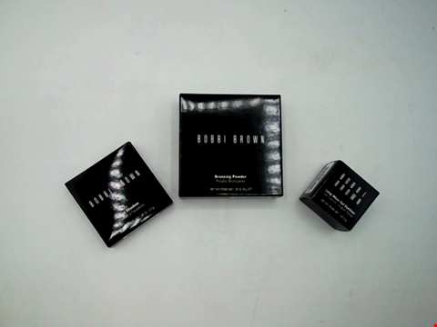 Lot 1401 LOT OF APPROXIMATELY 9 ITEMS OF BOBBI BROWN MAKE UP TO INCLUDE EYELINER, EYE SHADOW, BRONZING POWDER