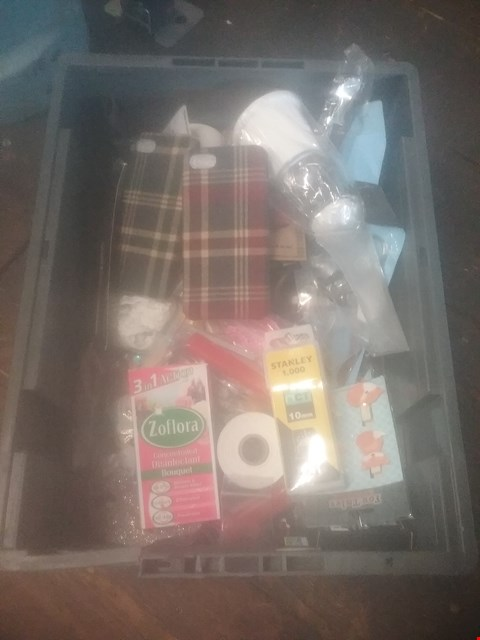 Lot 5523 BOX OF ASSORTED SMALL HOUSEHOLD ITEMS TO INCLUDE STANLEY 10MM STAPLES, ZOFLORA DISINFECTANT FLUID, TARTAN SMARTPHONE CASES
