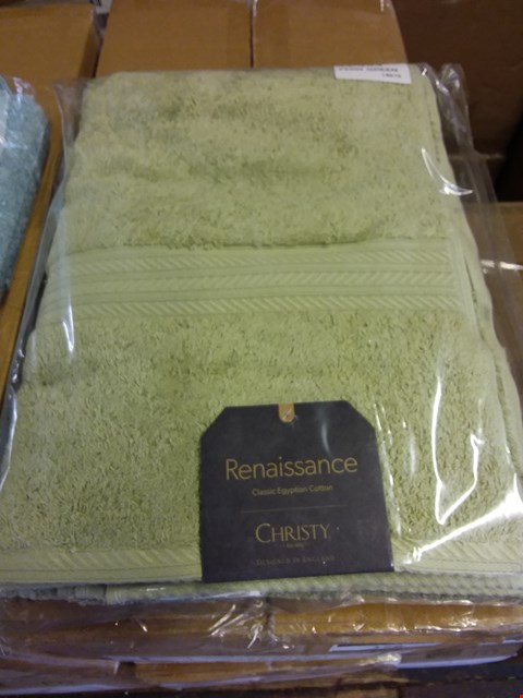 Lot 178 LOT OF APPROXIMATELY 46 HAND TOWELS IN ASSORTED COLOURS (3 BOXES)