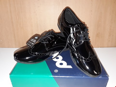 Lot 12754 BOXED POD FOOTWEAR TINA BLACK LEATHER LACE UP SHOES UK SIZE 7
