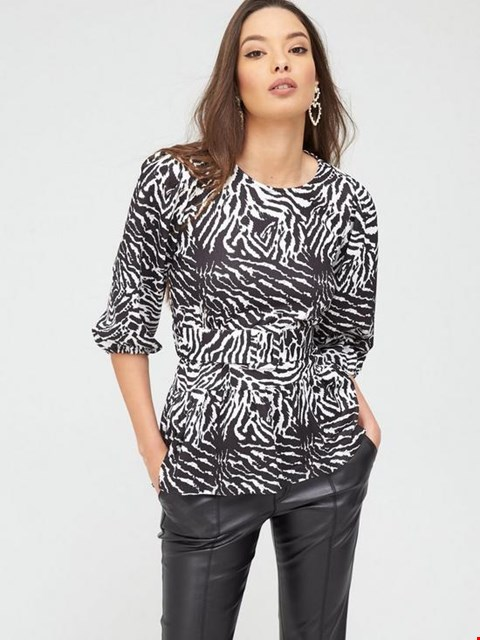 Lot 3639 BRAND NEW RIVER ISLAND ZEBRA PRINT BELTED PUFF SLEEVE JERSEY TOP-BLACK SIZE 14