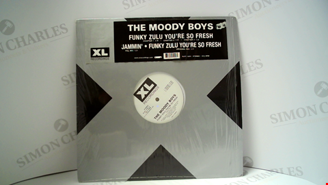 Lot 18110 LOT OF 9 ASSORTED VINYL RECORDS TO INCLUDE THE MOODY BOYS, PROJECT X, TYMON ETC