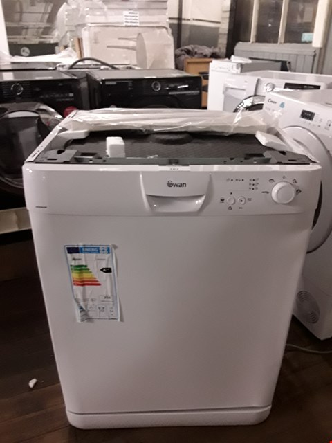 Lot 52 SWAN SDW2022W WHITE FULL SIZE DISHWASHER  RRP £419