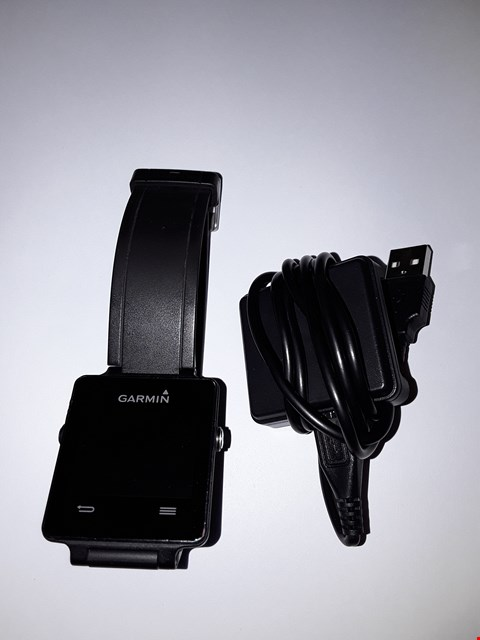 Lot 723 GARMIN VIVOACTIVE 04AWGD01 - BLACK, BLACK SPORTS STRAP, CHARGER INCLUDED