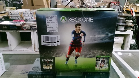 Lot 1400 BOXED XBOX ONE (NO KINECT) WITH FIFA 16 RRP £529.00