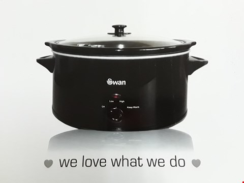 Lot 3246 SWAN 5.5L SLOW COOKER IN BLACK SF11041B RRP £40.00