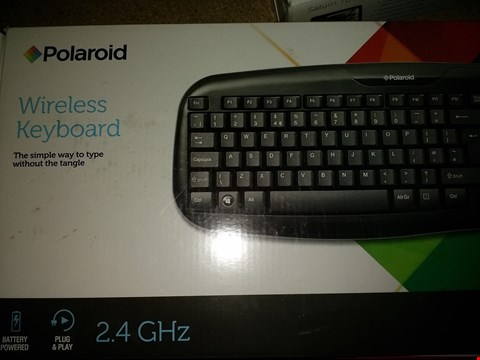 Lot 1132 POLAROID WIRELESS KEYBOARD