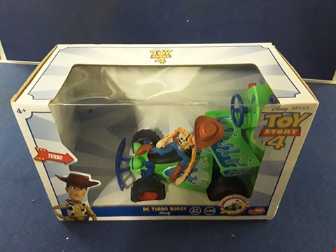 Lot 8726 BOXED DISNEY PIXAR TOY STORY 4 RC TURBO BUGGY WOODY RRP £35.00