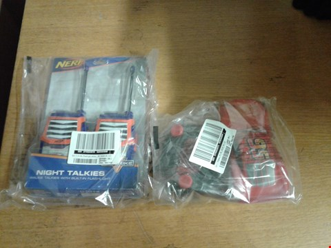 Lot 1311 LOT OF 2 ITEMS TO INCLUDE NERF N STRIKE FLASHLIGHT WALKIE AND CARS 3 MCQUEEN 124 TOY RACING CAR