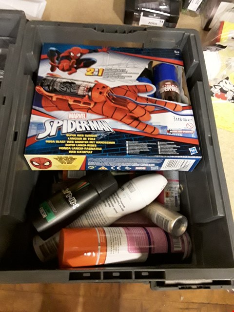 Lot 2205 4 BOXES OF ASSORTED AEROSOLS TO INCLUDE LYNX DARK TEMPTATION DEODERANT, MARVEL SPIDER-MAN SUPER WEB SLINGER AND SNOW SPRAY ECT (BOXES NOT INCLUDED)