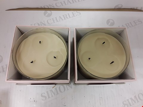 Lot 806 BOX OF 4 ASSORTED YANKEE CANDLES- BALANCE