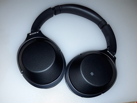 Lot 193 SONY WH-1000XM2 WIRELESS OVER-EAR NOISE CANCELLING HIGH RESOLUTION HEADPHONES