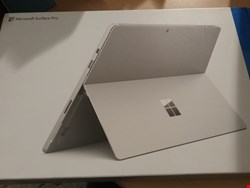 Lot 1161 MICROSOFT SURFACE PRO 4 256GB TABLET - SILVER