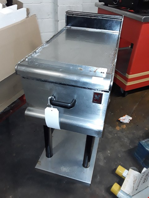 Lot 9024 COMMERCIAL STAINLESS STEEL FALCON TABLE ON WHEELS
