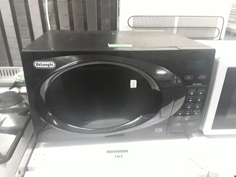 Lot 102 BLACK DELONGHI 800W MICROWAVE