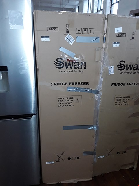 Lot 11021 SWAN SR8160S 50/50 FRIDGE FREEZER IN SILVER