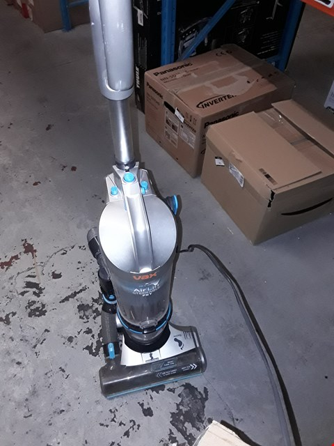 Lot 1188 VAX AIR LIFT STEERABLE PET VACUUM CLEANER
