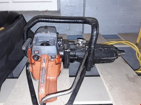Lot 83 2 STROKE IMPACT WRENCH