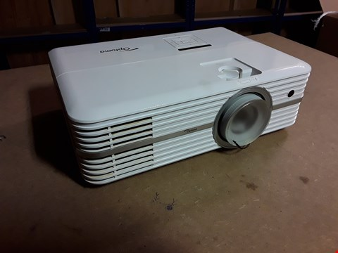 Lot 4489 OPTOMA UHD300X 4K UHD 2200 LUMENS PROJECTOR - WHITE