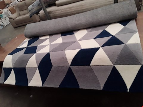 Lot 3008 DESIGNER HONG KONG GREY/NAVY RUG 150X230CM